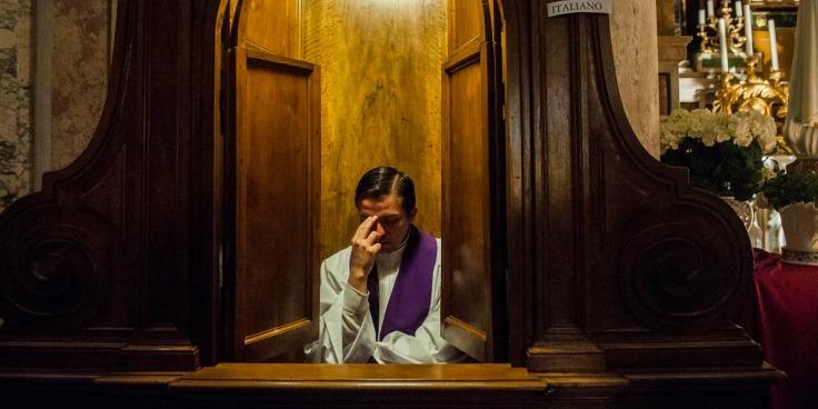 Confessione-IMMAGINE-DI-COPERTINA